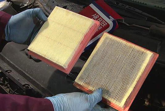 Заміна повітряного фільтра в автомобілі